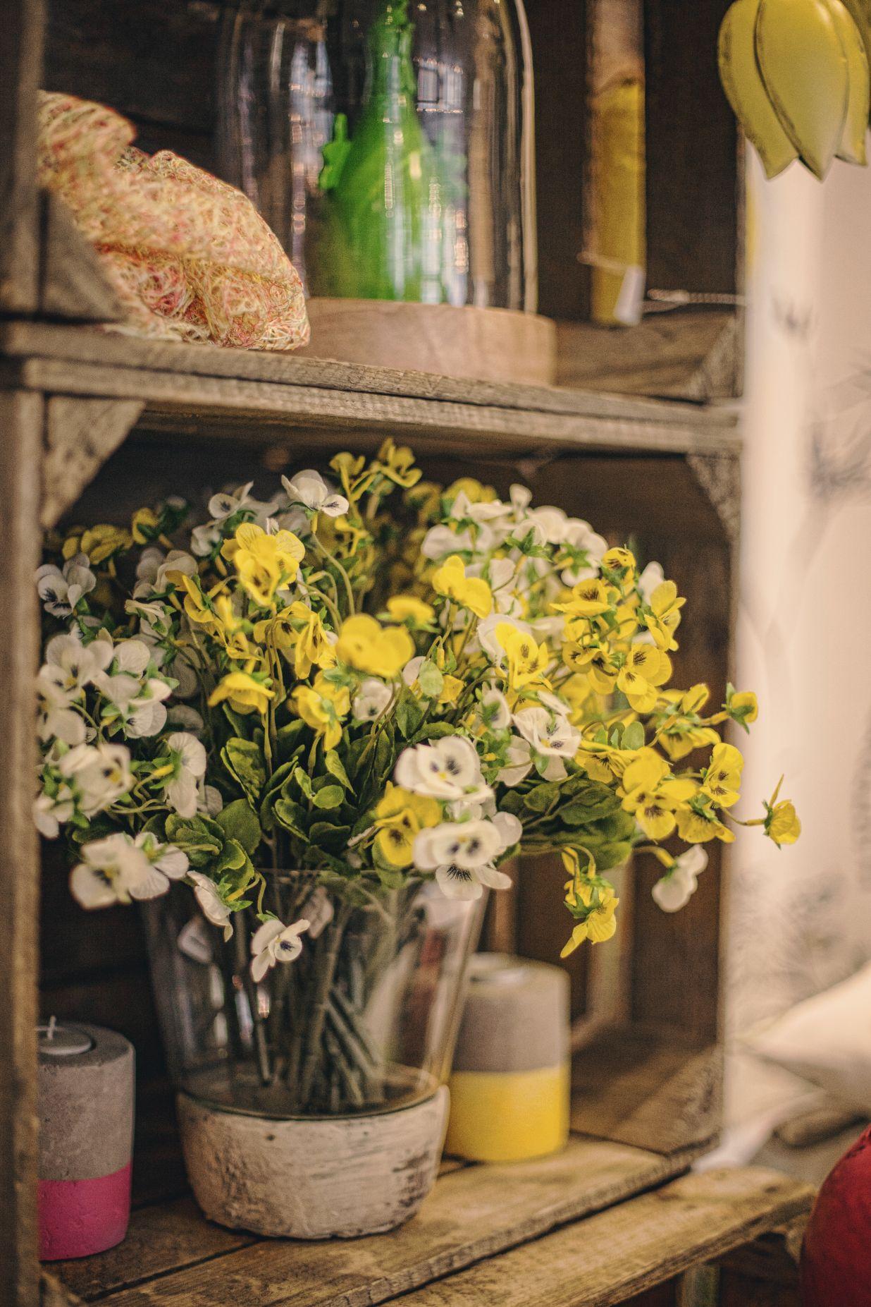 Blumendeko bei Ege Raum & Design