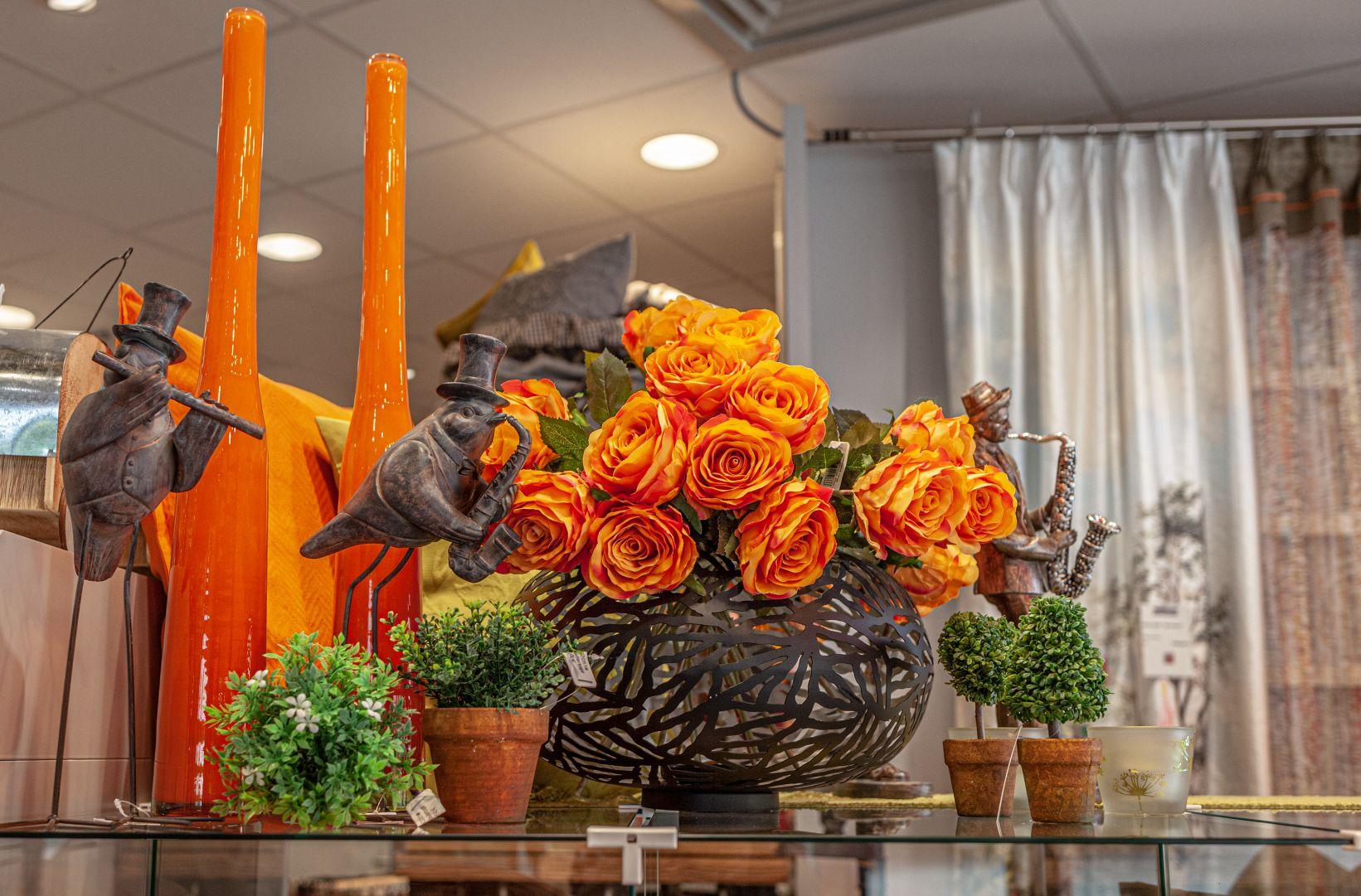 Blumen und Figuren bei Ege Mühldorf