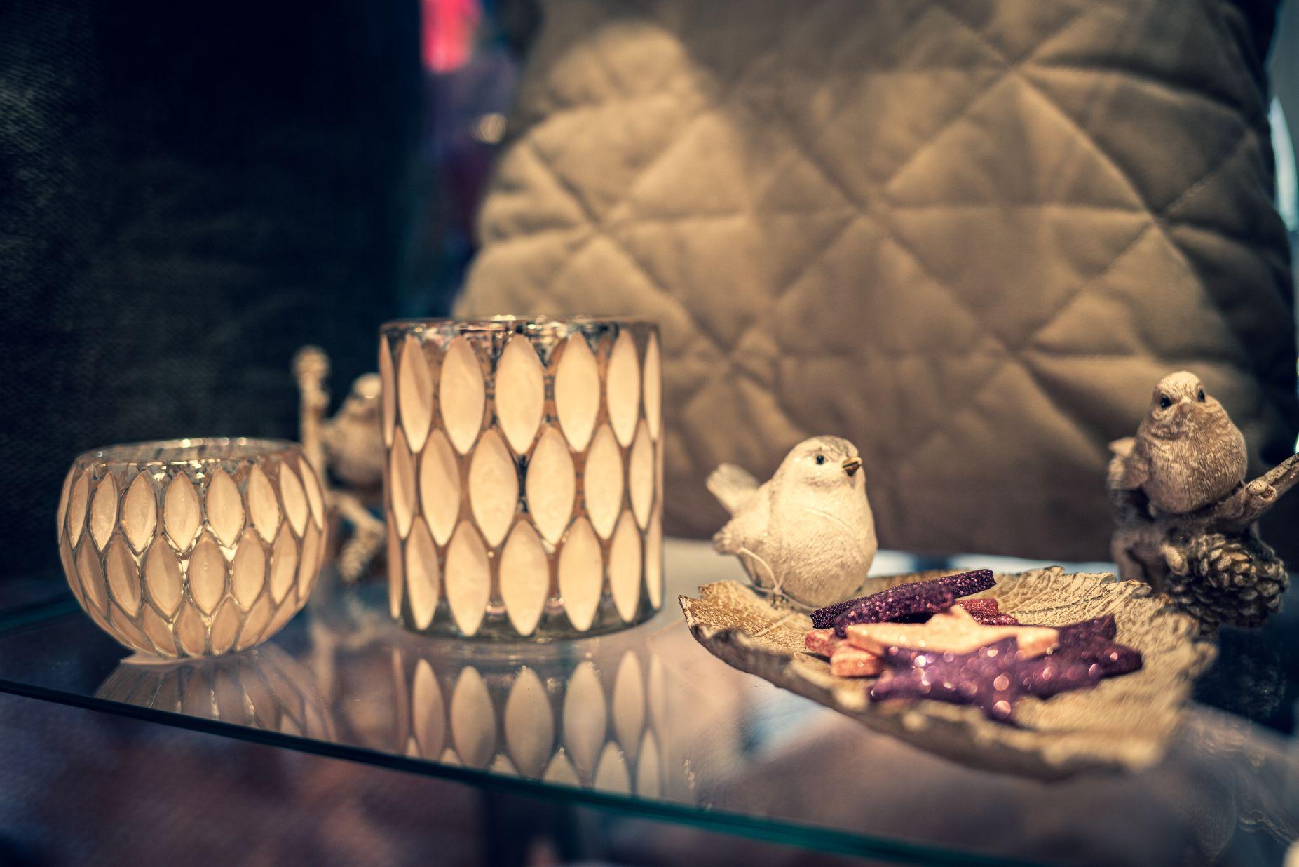 Vögel Figuren und Sterne bei Ege Raum & Design Mühldorf